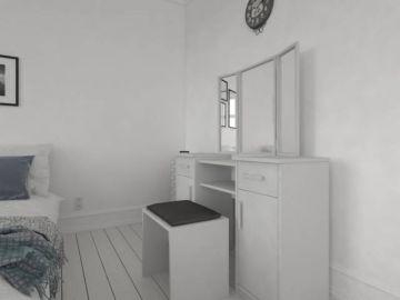 Nový toaletní stolek s taburetkou a trojzrcadlem